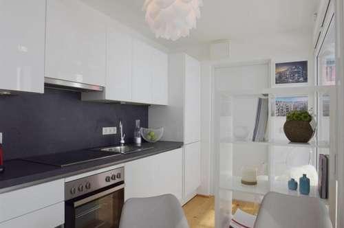 Großzügig angelegte 4 Zimmer Dachgeschoss-Maisonettwohnung mit Terrasse