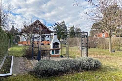 Einfamilienhaus mit großem Garten beim Maurerwald