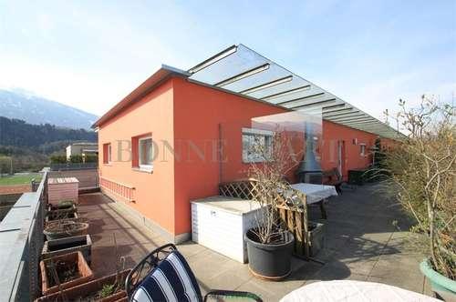 Sehr gepflegte und helle Dachgeschosswohnung mit großzügigem Balkon