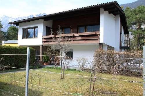 Haiming 1. OG: Sonnige 3 Zimmer Wohnung mit Garten, Terrasse u. Balkon