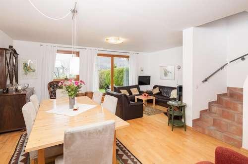 Geförderte Doppelhaus-Hälfte in sonniger Aussichtslage von Tamsweg mit Keller, Garten und Carport