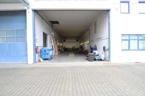 Großzügige Werkstatt mit Montagegrube
