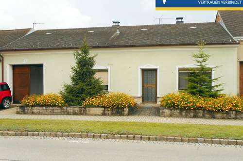 Gepflegtes ehemaliges Bauernhaus mit 1.968m² Grund, 2 Hallen und 2 Garagen