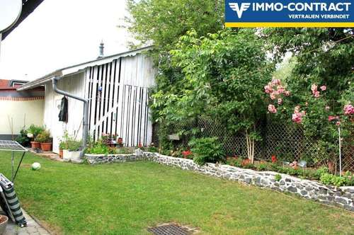 Mitten in der Stadt! Sehr ruhig gelegenes Haus mit uneinsehbarem und privatem Garten