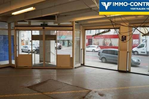 Große Gewerbeflächen in guter Lage mit eigener Einfahrt & 3 Parkplätze. (kein Gastro)