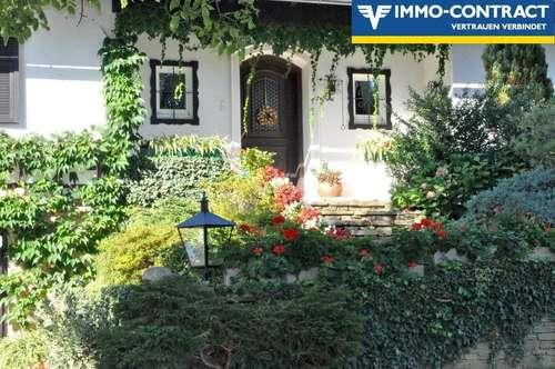 WIE ALLEINLAGE! Einzigartiges Traumhaus - Wunderschöner Garten und Ruhelage auf einer Anhöhe