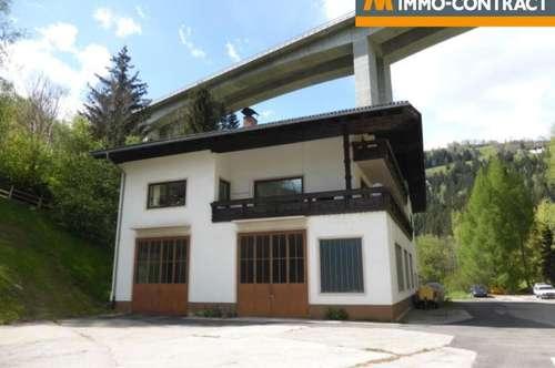 Wohnhaus mit Werkstätte, Garage und Waldgrundstück