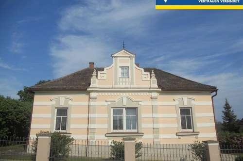 Jahrhundertwendevilla zzgl. kleines Einfamilienhaus und Nebengebäuden (ehem. Ottakringer-Bierdepot)