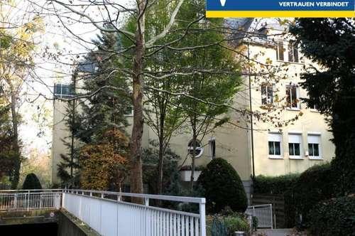 Rarität! Exquisite 4 Zimmerwohnung mit 2 Balkonen im heissbegehrten Cottageviertel!
