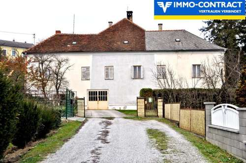 Dornröschenflair - Großzügiges Wohnhaus mit viel Potential