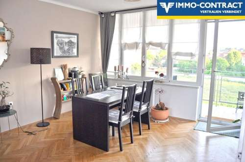 Großzügige, schöne 4 Zimmer Wohnung, mit großem Balkon