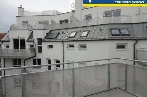Hofruhelage mit Balkon