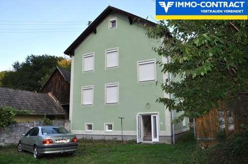 Zweifamilienhaus in ländlicher Gegend