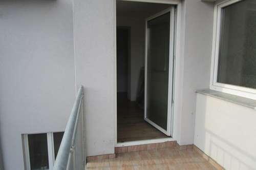 ALL INCLUSIVE BK, Heizung + Wasser - 3 Zimmer-Wohnung + BALKON + PARKPLATZ + Keller