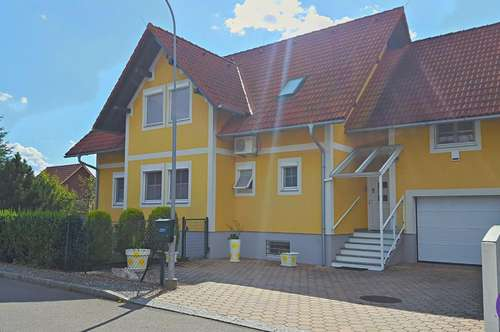 Wunderschönes Ein- /Mehrfamilienhaus mit Garten, Garage und Carport nähe Radkersburg ...!