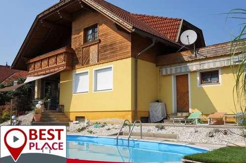VERKAUFT: Freundliches Massivhaus in Aussichtslage mit Pool und Garten