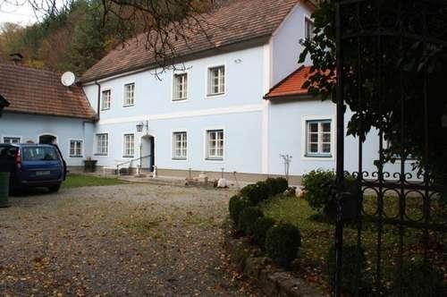 SCHÖNES LANDHAUS ANWESEN RENOVIERUNGSBEDÜRFTIG ca.2ha GARTEN & WALD EINZELLAGE