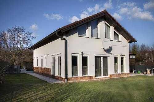 Einfamilienhaus in Ruhelage nahe der Donau