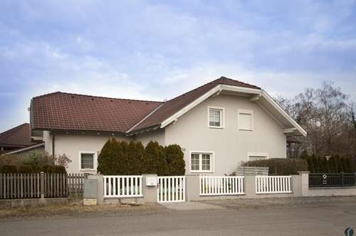 Kleines Haus mit viel Potential ... Ausbau bis auf fast 160m² möglich