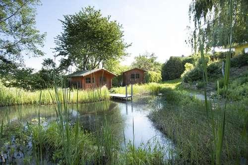 großes Familienhaus mit Biotop im Wienerwald