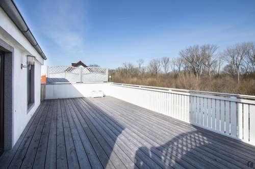 2 Zimmer Wohnung mit Charme und großer Terrasse