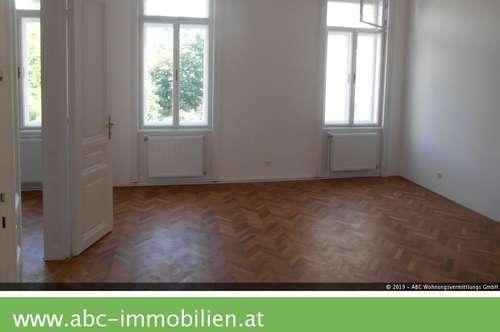 Erstbezug,günstige 95 m2 Altbaumiete,Parkblick