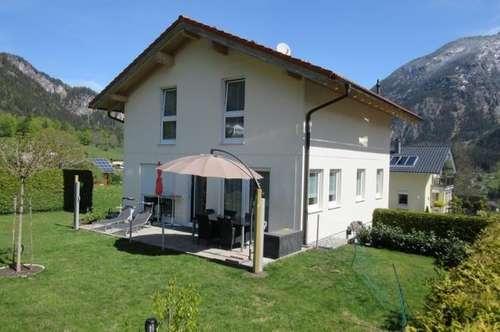 Tolles Einfamilienhaus mit schönem Garten in Vandans!