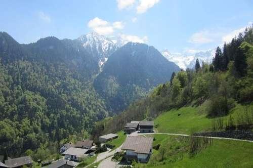 Ferienhaus in Top Lage am Sonnenhang im Bezirk Bludenz, unweit vom Lift und Golfplatz entfernt!