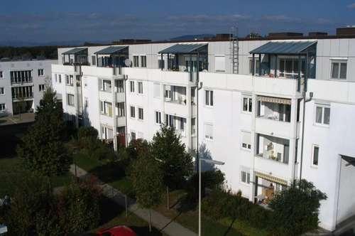 Exklusive 3-Zimmer-Wohnung mit einladendem Balkon und idealer Raumaufteilung! Einzigartige Wohnatmosphäre in ruhiger, sonniger Lage! Provisionsfrei!