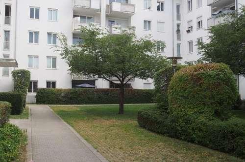 Perfektes Zuhause für Sie und Ihre Familie! Preiswerte 4-Zimmer-Wohnung mit schönem Balkon und 1A Infrastruktur im Süden von Linz! Provisionsfrei!