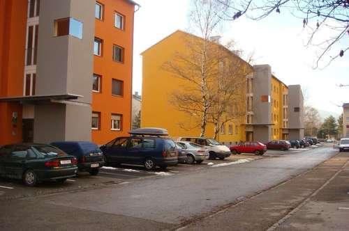 sonnige ideale 3-Zimmerwohnung im 1. OG mit Aufzug und Balkon für jung und alt