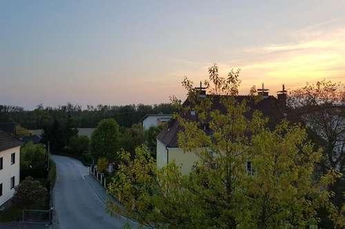 Leistbares Wohnen mit hohem Wohlfühlfaktor und sonnigem Balkon - ausgewählte Nachbarschaft - naturnahe Lage u. dennoch nah am Zentrum! Prov.frei