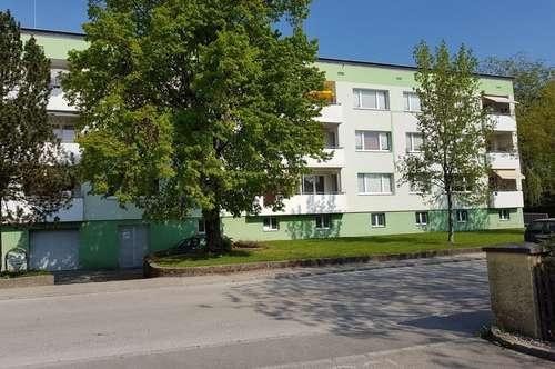 Genießen Sie ein qualitätsvolles Wohnumfeld in einem generalsanierten Wohnhaus: XL-4-Räume mit Loggia! Naturnahe Lage am Inn, nahe Zentrum Schärding!