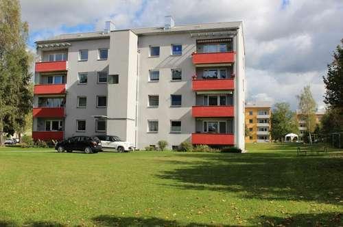 """""""Familiennest"""" - Lichtdurchflutete 3 Raumwohnung mit Sonnenbalkon in Top-Lage- provisionsfrei!"""