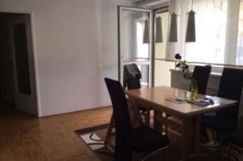 Viel Raum für Ihre Wohnträume: XL-Wohnung mit großer Aussichts-Loggia im beliebten OED! 1A Infrastuktur u. ausgewählte Nachbarschaft inkl.!