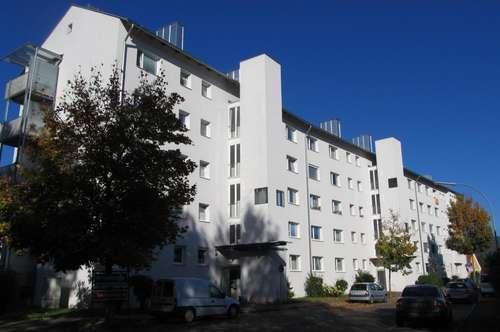 Schöne, geräumige 55 m² Wohnung mit neuem Bad in sonniger, ruhiger Siedlungslage mit guter Infrastruktur - provisionsfrei!