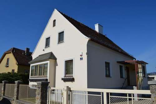 Gepflegtes gediegenes Einfamilienhaus in Neunkirchen!