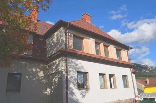 DEMNÄCHST - Neu sanierte Mietwohnung (Top 8) mit ca. 35 m² in Grünbach am Schneeberg!