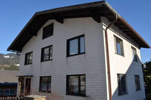 Zweifamilienhaus in Grünbach mit Balkon und fabelhaften Ausblick!