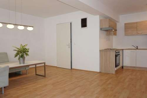 Barrierefreie, teilmöblierte Wohnung in der Nähe von Gloggnitz (Top 1) zu mieten!