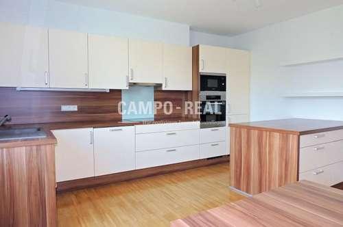CAMPO-WOHNUNG: Sonnenhelle, frisch renovierte Wohnung, in zentraler Lage