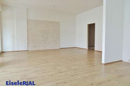 3 Zimmer Wohnung + Parkplatz