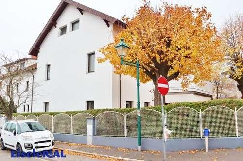 100m² - 2 ZI + Eigengarten in einer Villa