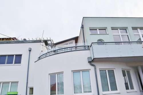 3 Zimmer – Terrasse - neuwertig