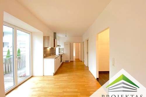 Wunderschöne 3 Zimmerwohnung mit Küche und 20 m² Loggia am Fuße des Froschbergs! Hofseitig!