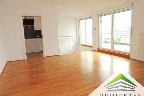 Promenadengalerien: Großzügige Maisonette-Wohnung mit Terrasse! 360° Rundgang online!