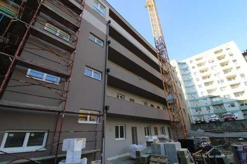 Kuwa 39   Generalsanierte Wohnungen am Fuße des Froschbergs - 3 Zimmerwohnung mit Küche & Balkon