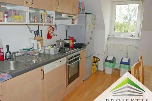 3 Zimmerwohnung mit Küche und großer Terrasse