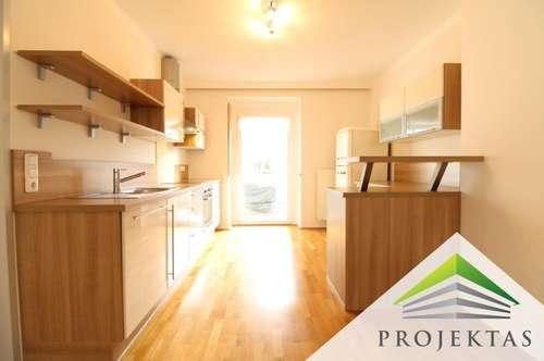 Moderne 3 Zimmerwohnung mit Küche & Terrasse in zentraler Lage