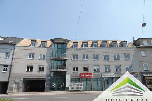 Kleines, helles Büro an der Wienerstraße!
